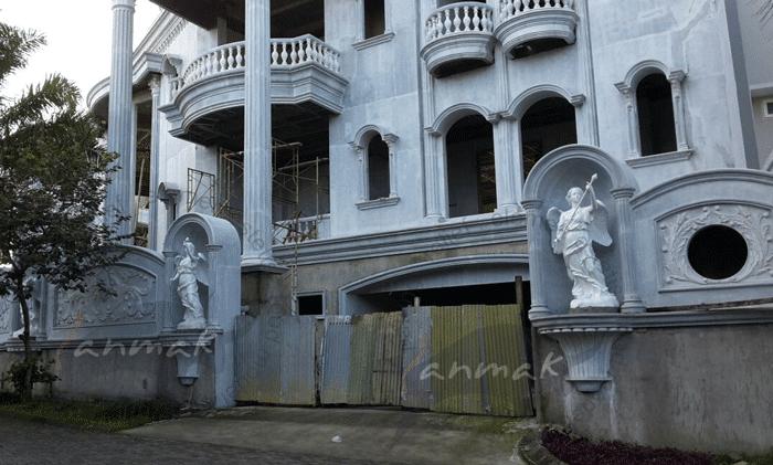 pengrajin patung di Jakarta